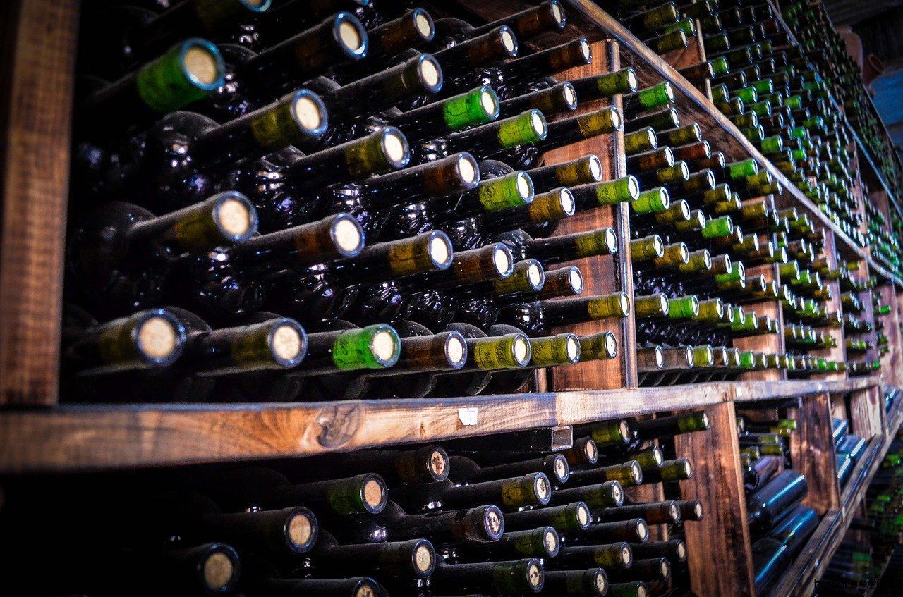 Creating A Wine Cellar Design that Fits Your Needs