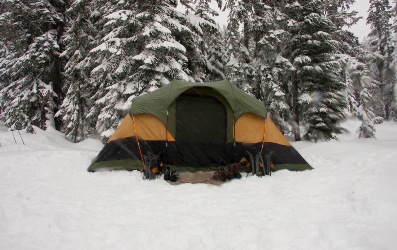 Dont' Use Pop Up Tents For Winter Camping