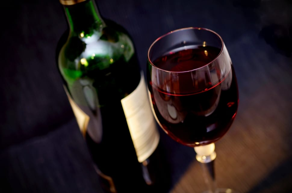Red Wine Temperature Guide for Serving and Storing